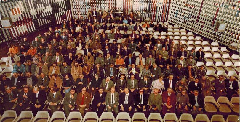 GDL-Tagung-angeblich, Jahr-Ort-Fotograf unbekannt, IWA Reihe 6, 3v.links.jpg